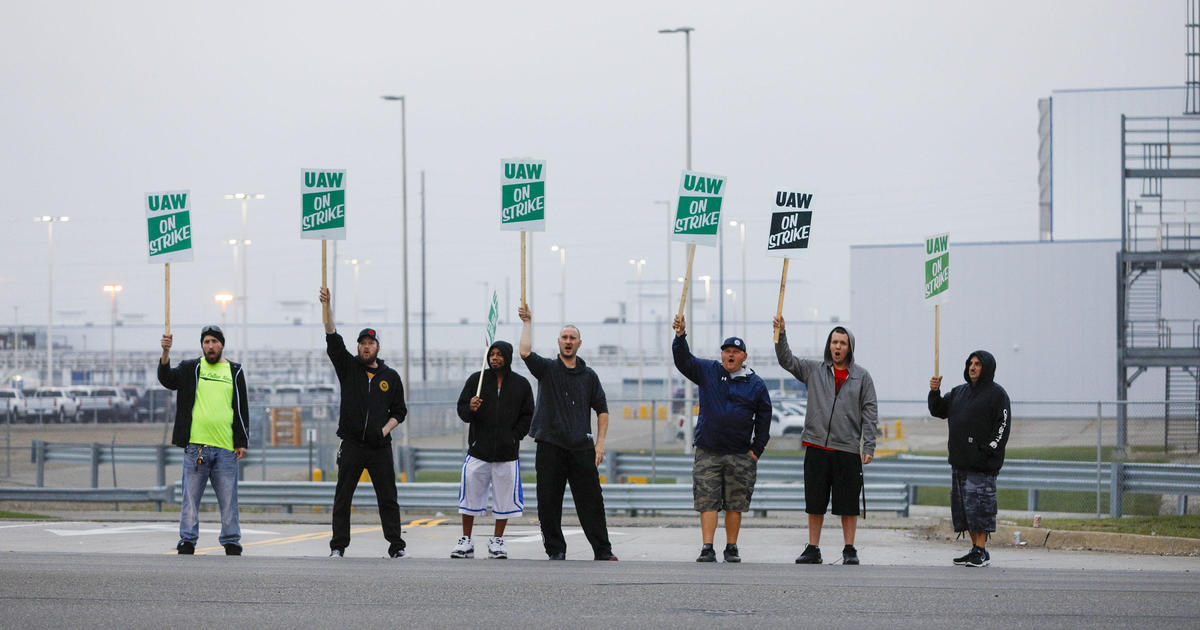 Major questions left unanswered as GM's United Automobile Workers strike in Detroit