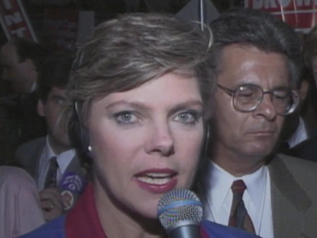 cokie-roberts-convention-floor.jpg