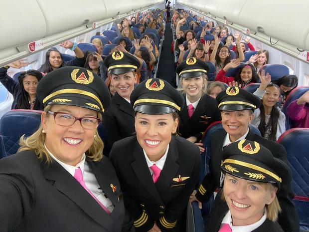 wing-flight-selfie-2000px-1.jpg