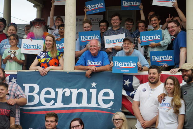 ben-cohen-and-jerry-greenfield-with-super-volunteers-concord-nh.jpg