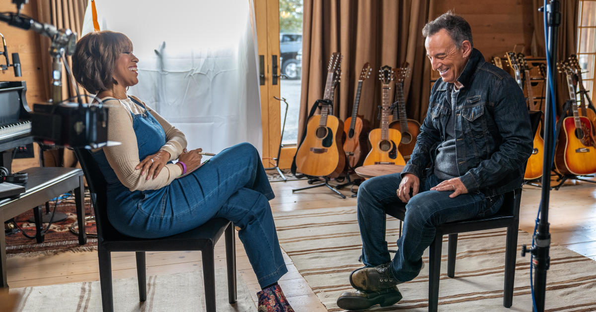 Bruce Springsteen still finds performing therapeutic