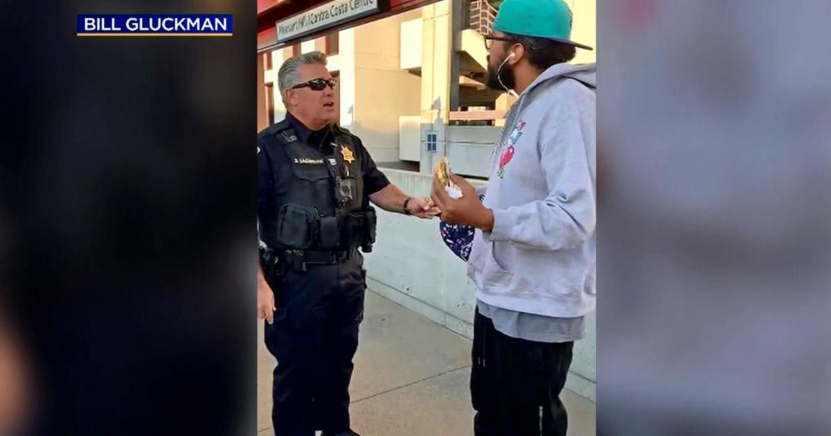 Man detained for eating sandwich at Bay Area Rapid Transit station intends to sue