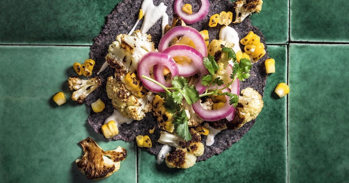 Recipe: Danny Trejo's Roasted Cauliflower Tacos - CBS News