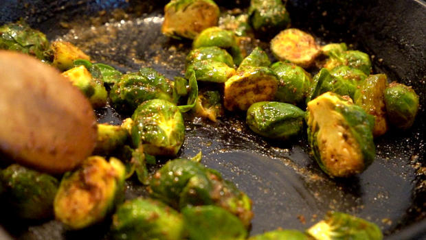 soul-sprouts-sauteeing-620.jpg