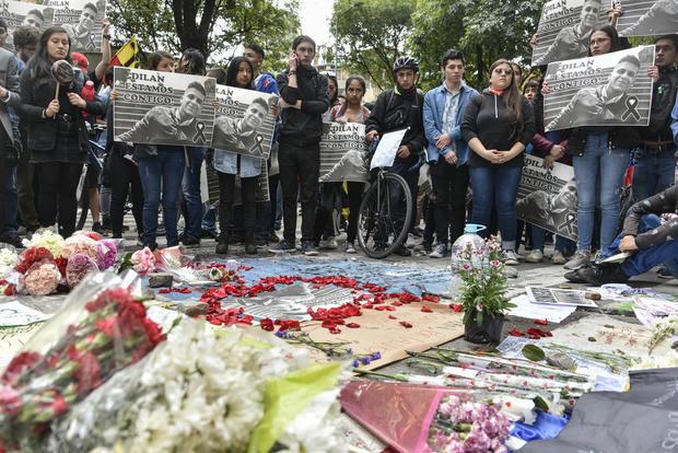 Manifestante colombiano herido muere después de dos días