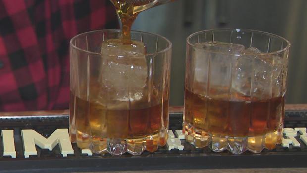 rye-whiskey-pour-620.jpg