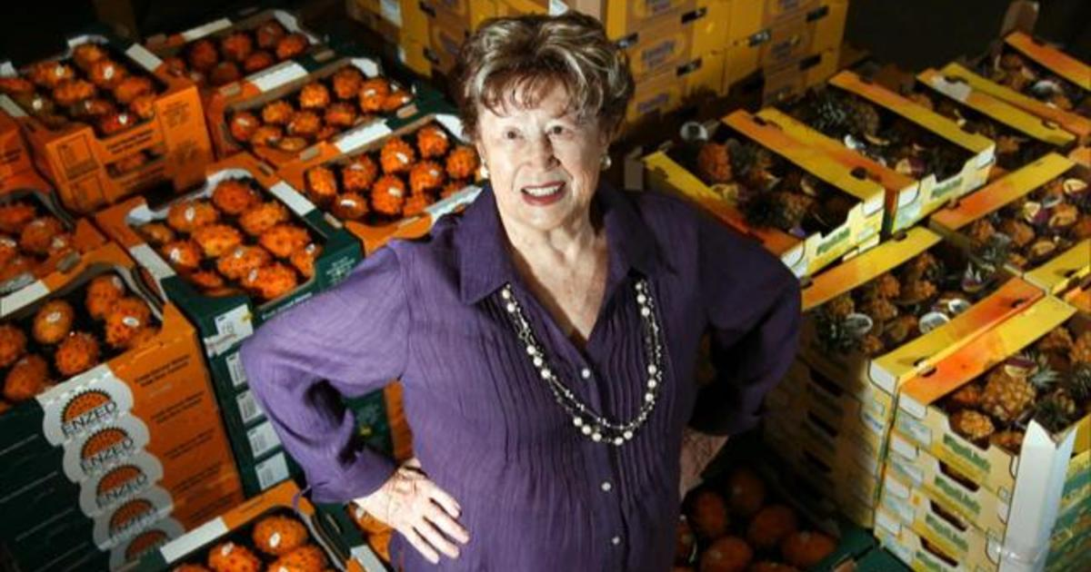 Remembering Frieda Caplan, the exotic fruit lady