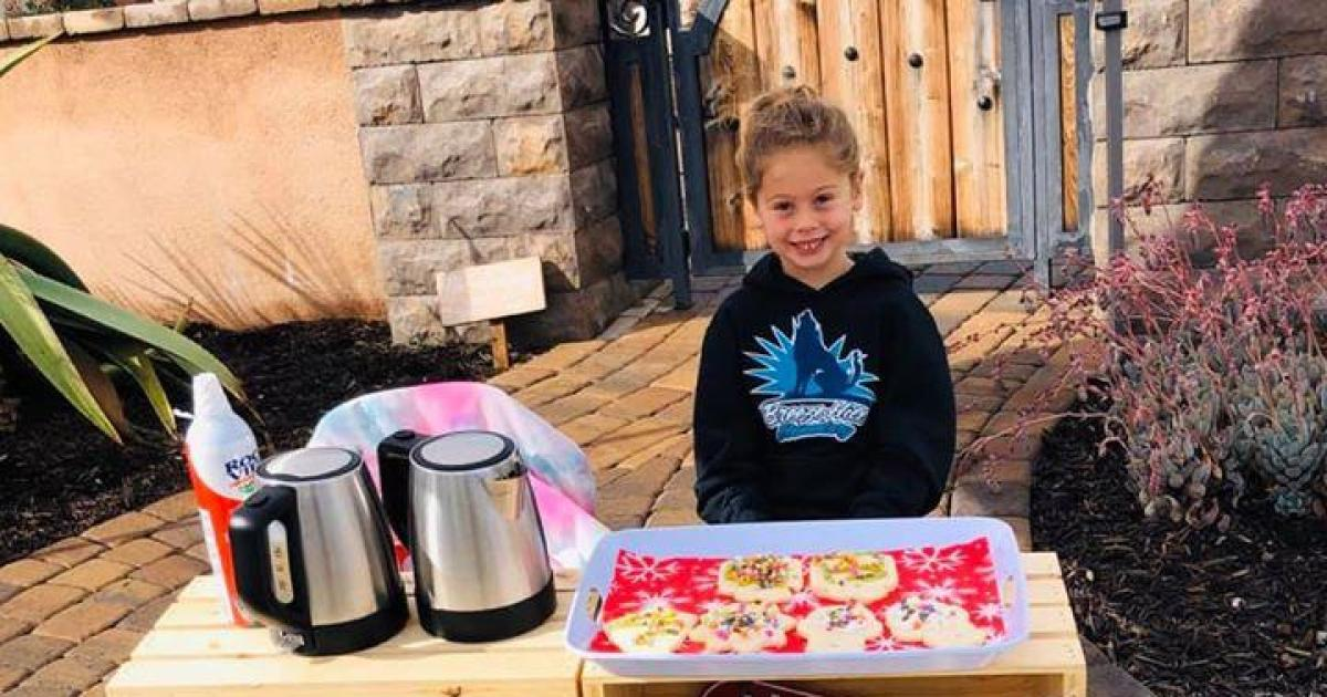 "Kindergartner's ""kindness project"" raises enough money to pay off school district's lunch debt"
