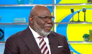 Pastor T.D. Jakes launches new foundation supporting STEM fields