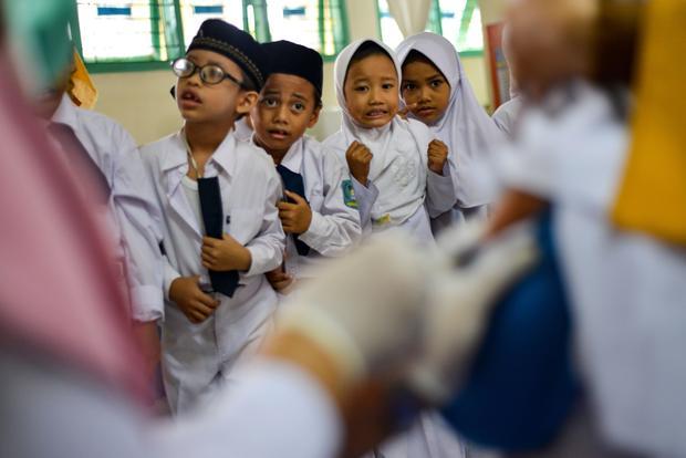 TOPSHOT-INDONESIA-HEALTH
