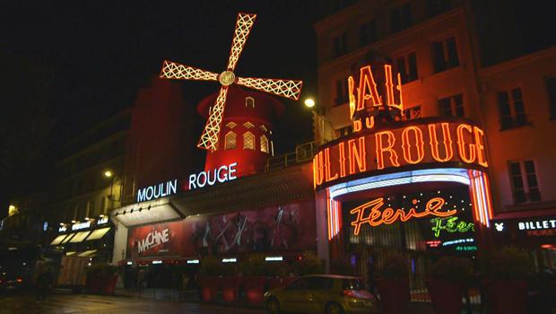 moulin-rogue-in-paris-620.jpg