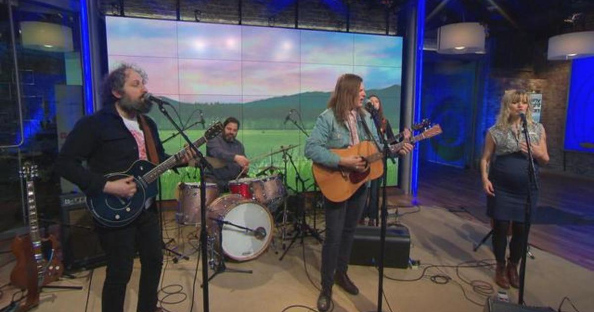 "Saturday Sessions: Bonny Light Horseman performs ""The Roving"""