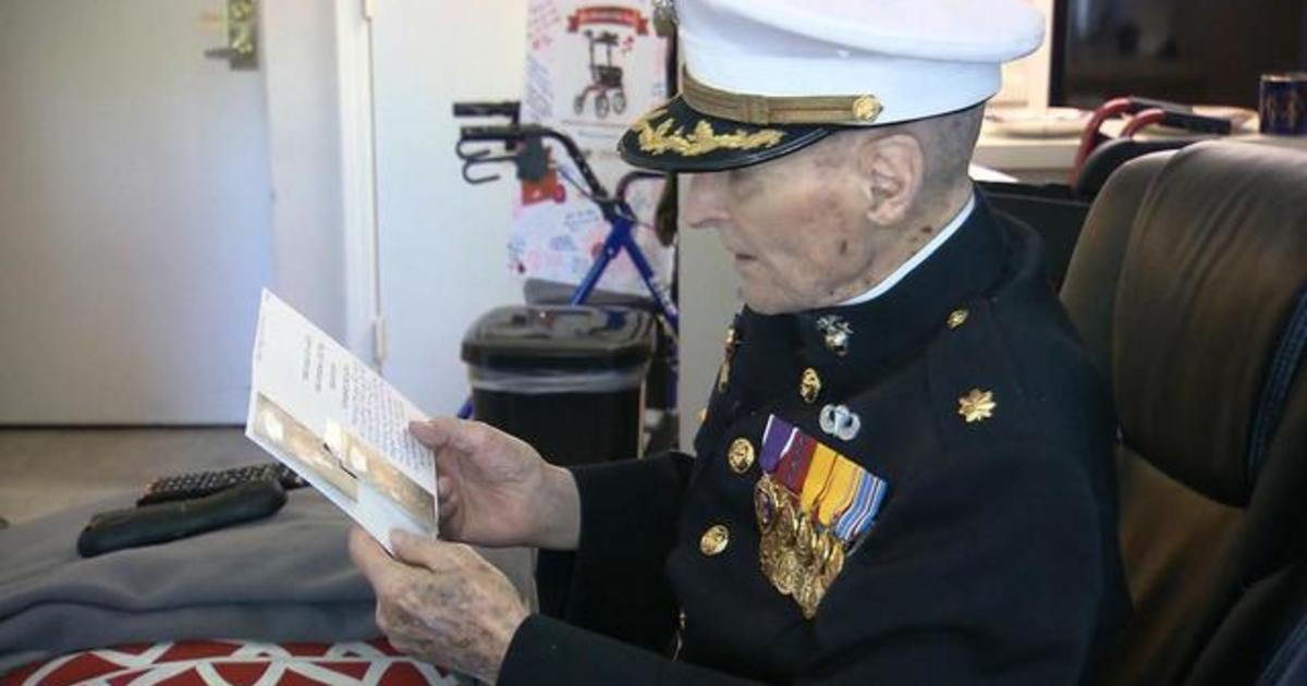 WWII vet surprised with thousands of Valentine's Day cards