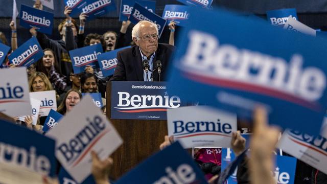 TOPSHOT-US-POLITICS-VOTE-SANDERS-Democrats
