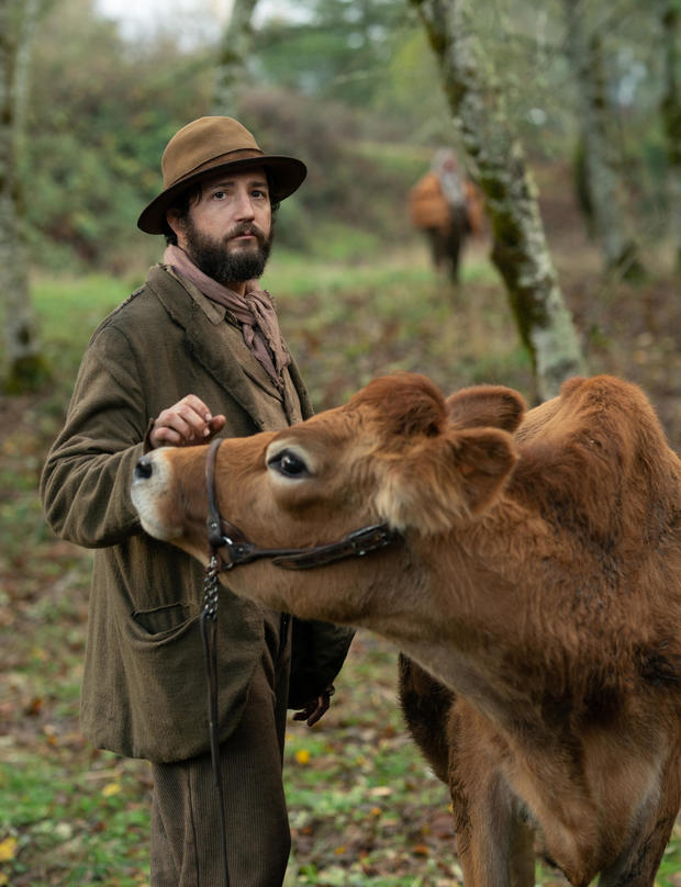 first-cow-john-magaro-a24-vertical.jpg