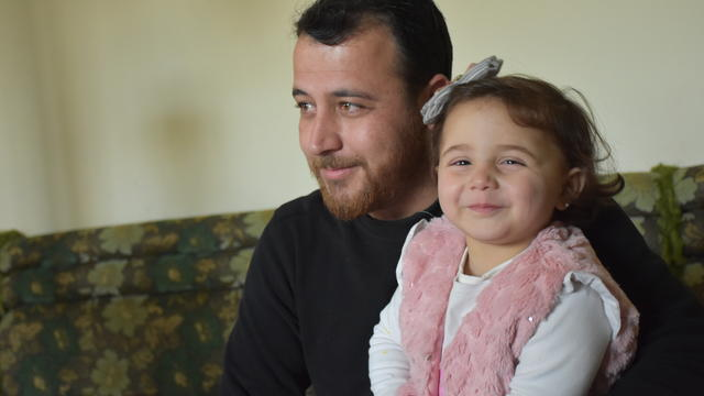 Syrian father hides awful situation from his daughter, reminds movie 'Life is Beautiful'