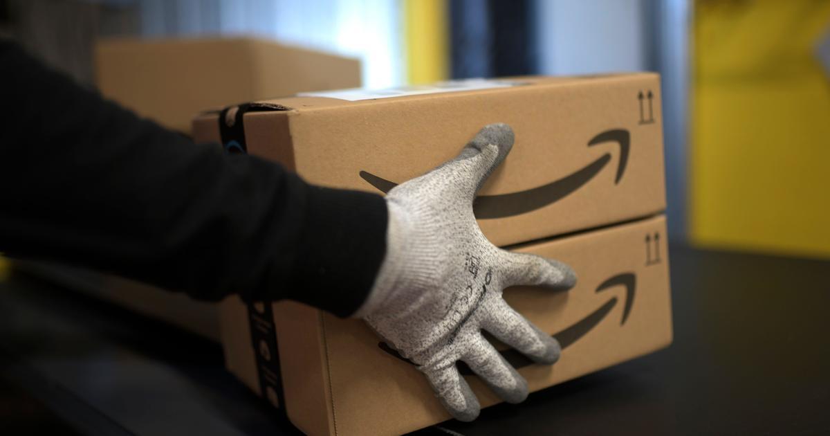 Amazon workers fear catching coronavirus on job