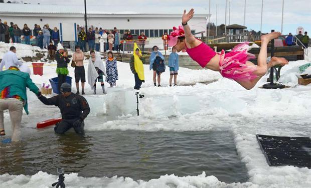 polar-plunge-at-bayfield-winter-festival-620-tall.jpg