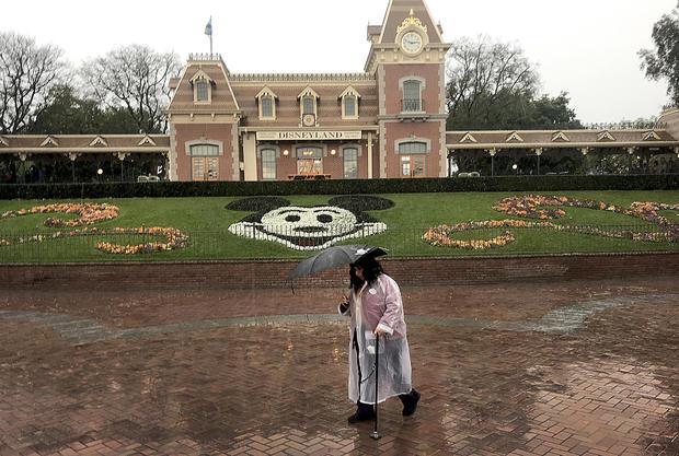 Disneyland will temporary close in response to the Coronavirus pandemic