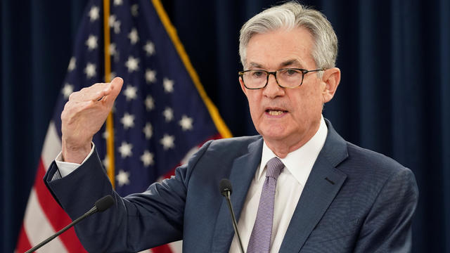 FILE PHOTO: FILE PHOTO: FILE PHOTO: U.S. Federal Reserve Chairman Jerome Powell  speaks in Washington