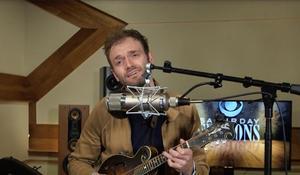 "Chris Thile performs Radiohead's ""True Love Waits"""