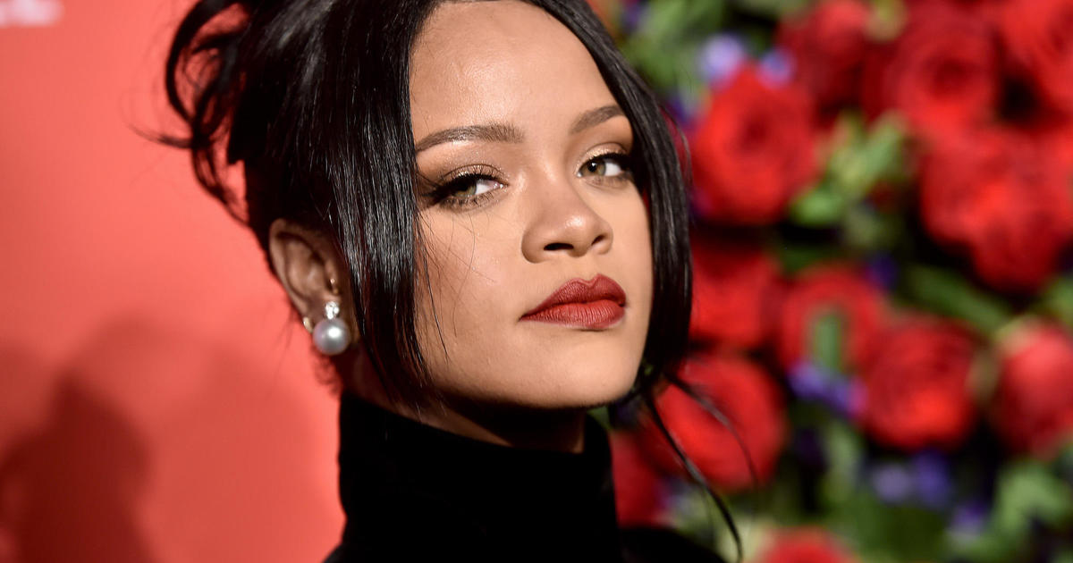 Rihanna donates security equipment to New York Metropolis hospitals thumbnail