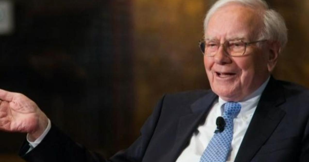Warren Buffett has made $100 billion on his investment in Apple