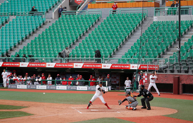 KBO Regular season - SK Wyverns v Hanwha Eagles