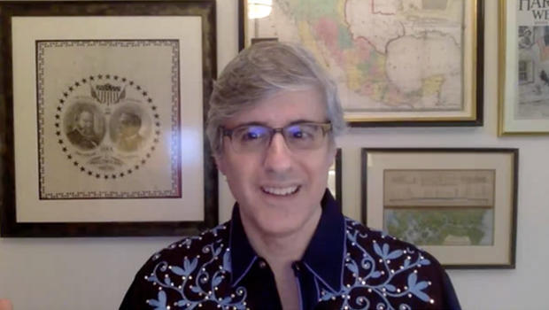 facebook-live-chat-mo-rocca-620.jpg