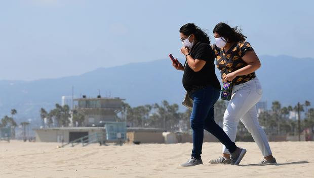 Coronavirus face masks: America reacts and rebels