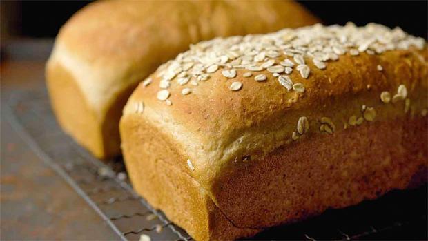 vermont-whole-wheat-oatmeal-honey-bread-king-arthur-flour-620.jpg