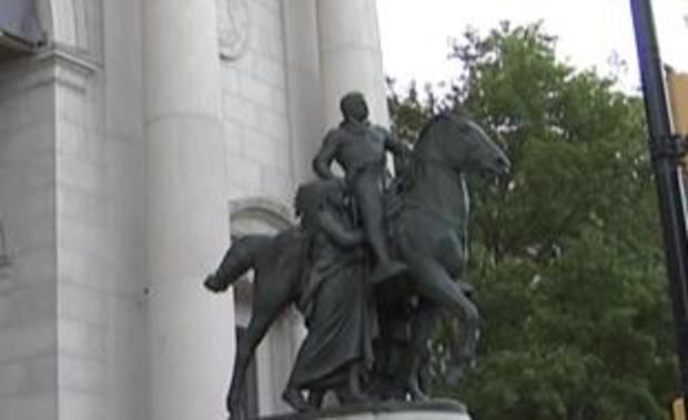theodore-roosvelet-statue-museum-of-natural-history-new-york.jpg