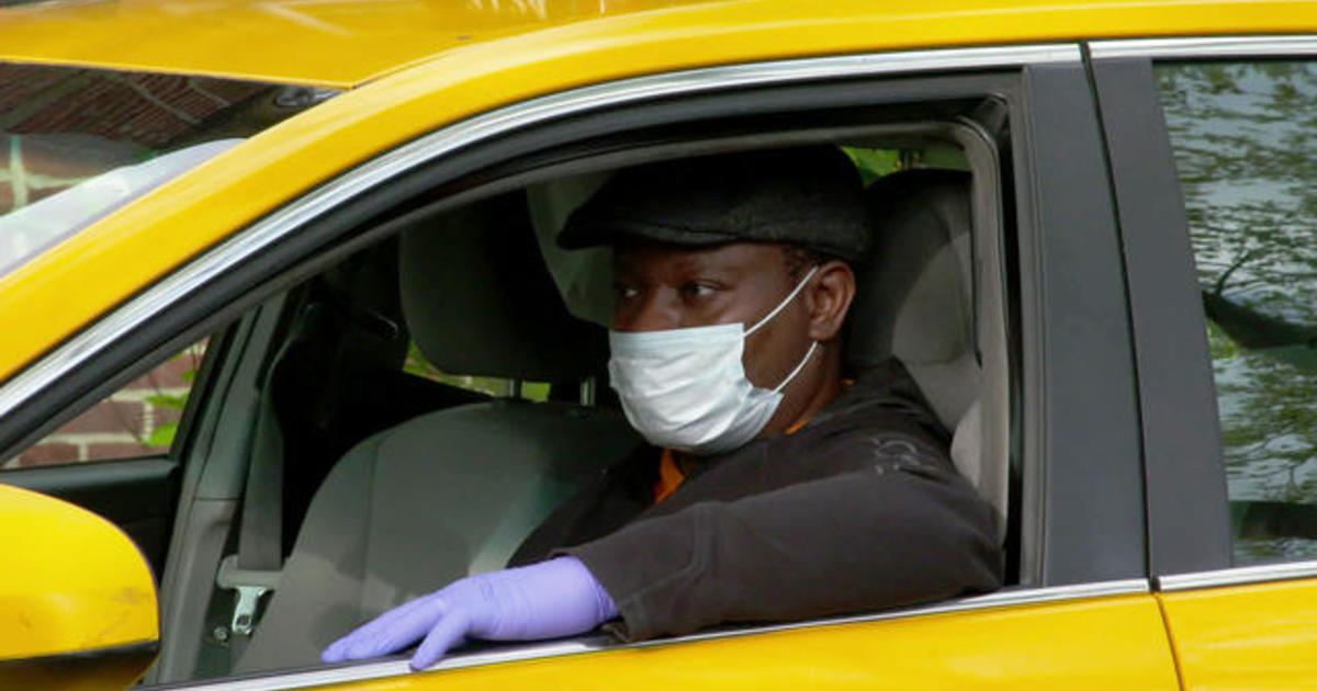 With pandemic, NYC taxi drivers' livelihoods hang in the balance - CBS News