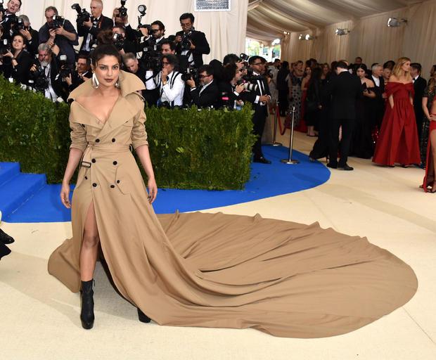 Inspecting the best dressed list, Priyanka Chopra?