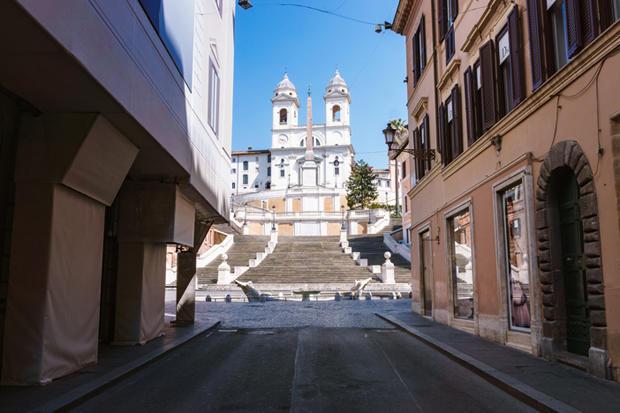 empty-spanish-steps-annie-ojile-620.jpg
