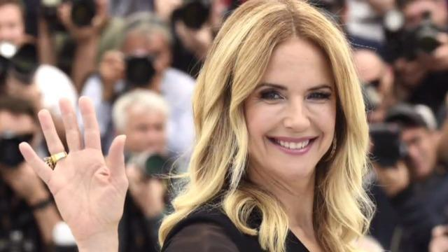 cbsn-fusion-kelly-preston-dies-after-2-year-battle-with-breast-cancer-thumbnail-513387-640x360.jpg