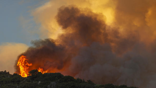 Apple Fire In Southern California Forces Evacuations