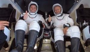 Astronauts speak out about successful landing