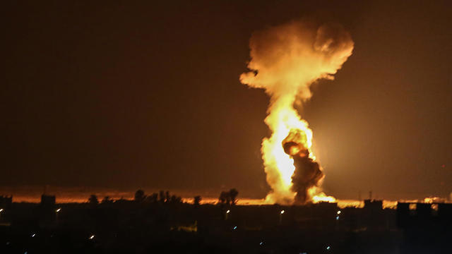 TOPSHOT-PALESTINIAN-ISRAEL-CONFLICT-GAZA-ATTACK