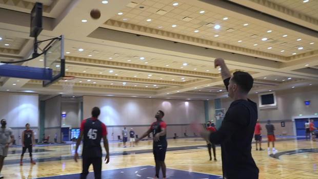 basketball-practice-in-hotel-ballroom-620.jpg