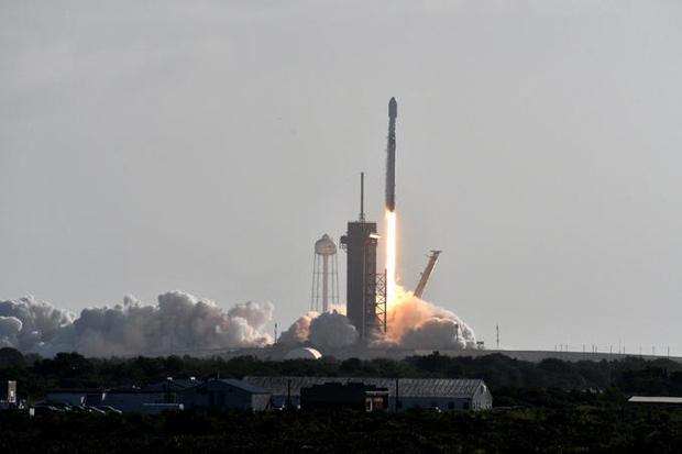 090320-launch3.jpg