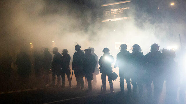 cbsn-fusion-wapo-reporter-details-unmarked-arrests-of-portland-protesters-thumbnail-549277-640x360.jpg