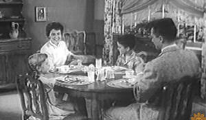 family-dinner-table-1280.jpg