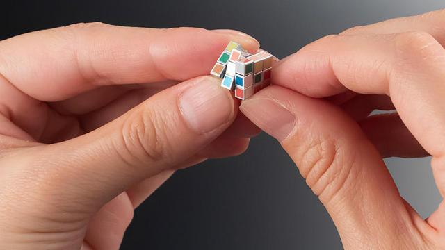 mini-rubiks-cube.jpg