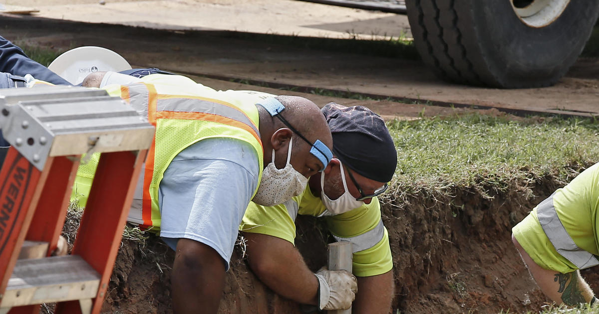 """Human remains found at site linked to 1921 Tulsa Race Massacre on """"Black Wall Street"""""""