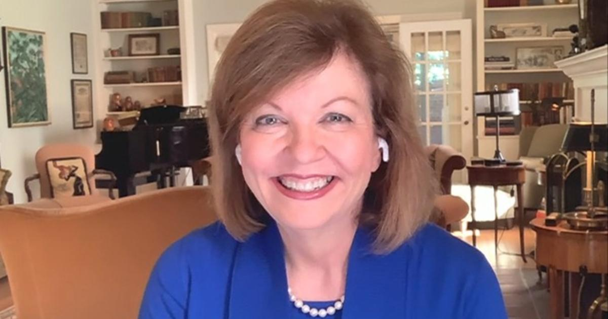 Who is vice presidential debate moderator Susan Page?