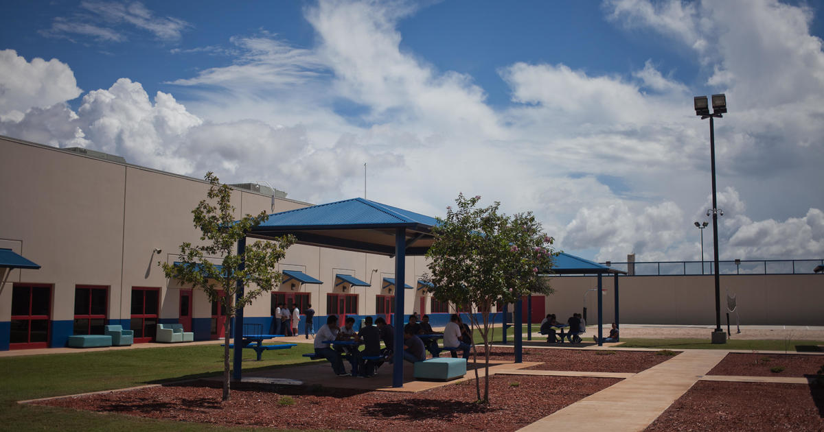 Texas detention facility becomes staging ground for expulsions of migrant families with children