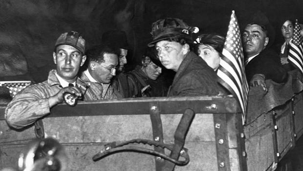 eleanor-roosevelt-with-miners-620.jpg