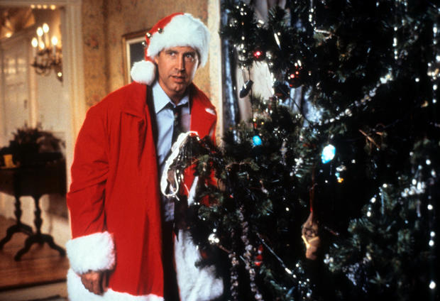 "(TIE) 35. ""National Lampoon's Christmas Vacation"" (67%)"