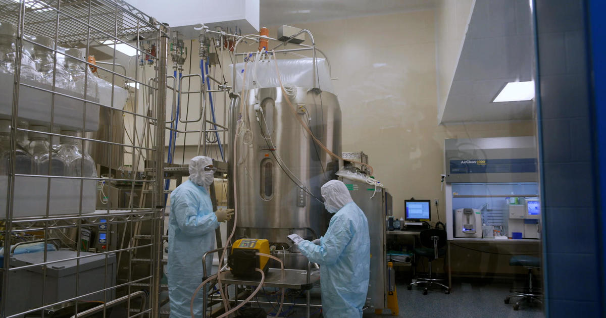 Inside the Operation Warp Speed effort to get Americans a COVID-19 vaccine